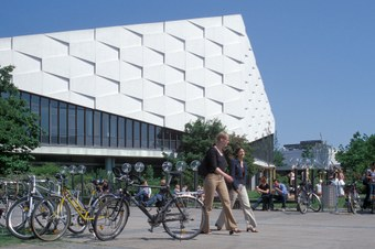 a smart city is a biking city