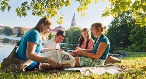 Internationale-Studierende.jpg